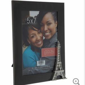NWOT Eiffel Tower picture frame